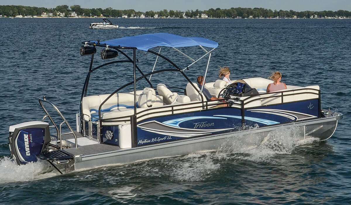 2017 SunLounger Pontoon Boats